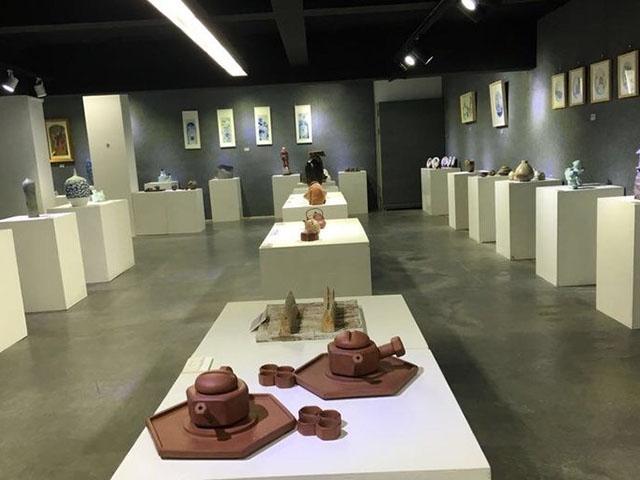 黄修林现代艺术馆